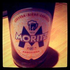 Ñam, ñam la mejor hamburguesería de Barcelona y una cerveza Moritz