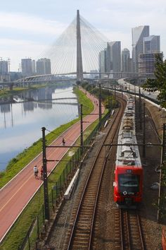 Ponte Estaiada - São Paulo  by Alexandre Judkiewicz