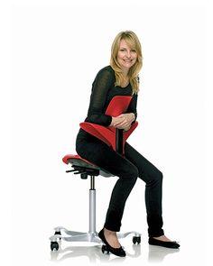 HAG Plastic Saddle Chair – Capisco Puls