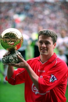 Former England and Liverpool star Michael Owen confirmed he plans to hang up his boots at the end of the season. Football Awards, Best Football Players, Good Soccer Players, Best Football Team, World Football, Football Fans, Liverpool Fc, Gerrard Liverpool, Liverpool Legends