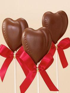 °•.♥•..•♥.•° Godiva chocolate hearts