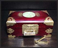 Asian Jewelry Box. I have this in black, it was one of Audi's things she let me have.
