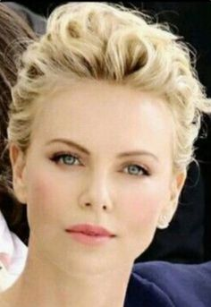 Charlyze Theron