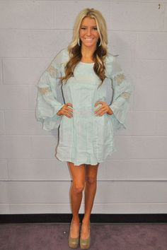 Modern vintage boutique linen and lace belle sleeve dress baby blue