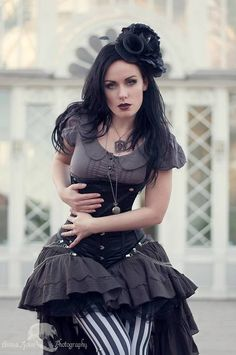 Kind+of+a+mixed+vibe+of+Goth+and+Steampunk+%23provestra+Want.