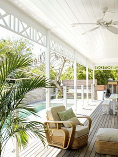 Byron Bay beach house renovation - pool, deck and fence Outdoor Areas, Outdoor Rooms, Outdoor Living, Outdoor Fans, Outdoor Chairs, Byron Bay Beach, My Pool, Queenslander, Luz Natural