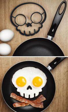 Nico make breakfast