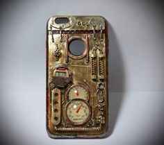 Steampunk case iPhone 6 PLUS ,and watch, technology vapor, and Samsung, steam technology.  Materials - polished brass sheet, brass, bronze, copper, glass, brass rivets, brass mesh, brass and bronze pipes,watch.  VIDEO : https://youtu.be/wv6sd_x9qCQ  The watch has two buttons - change the date and time. Inside a standard battery. watch extracted - after unscrewing one bolt. Inside the case is covered with soft velvet cloth - for the convenience of the smartphone))  All welded and brass…