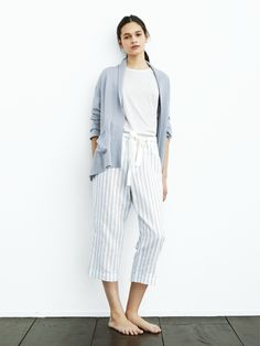15efc47374 54 Women Cardigan Every Girl Should Keep - Fashion New Trends