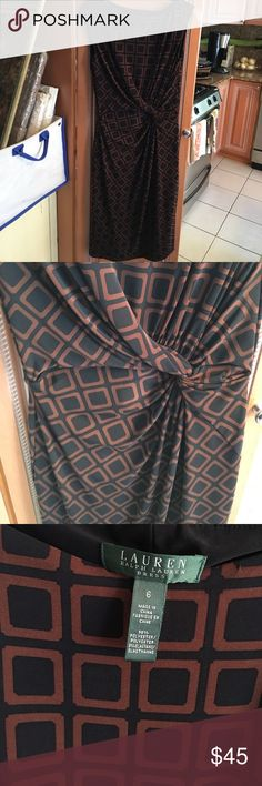 Ralph Lauren dress Pristine and gorgeous on. Ralph Lauren Dresses