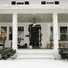 """7,553 Likes, 90 Comments - Sarah Hart (@homeiswherethehartis) on Instagram: """"Woke up to a winter wonderland! ❄️☃️"""""""