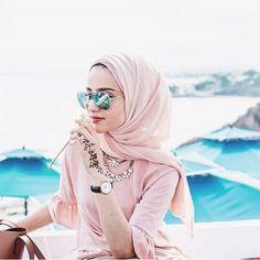 Hijab Fashion | Nuriyah O. Martinez | @asma.tj