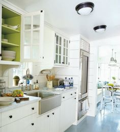 If you do not want to change the all kitchen, but yet make a litle renoval, you can just paint the interior of your existing cabinets in a contrasting color. This idea will bring a splash of color into your kitchen and at the same time it sets off your dishes.