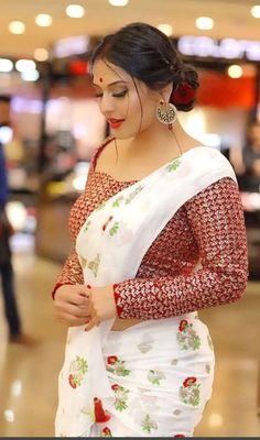 Indian Desi beauties Indian beautiful girl – Indian Desi Beauty – Indian Beautiful Girls and Ladies Beautiful Girl Indian, Most Beautiful Indian Actress, Indian Actress Hot Pics, Beautiful Saree, Indian Actresses, Beauty Full Girl, Beauty Women, Real Beauty, Femmes Les Plus Sexy