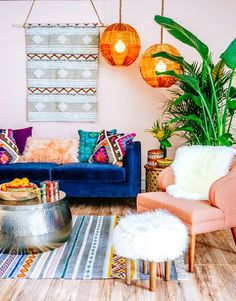 Inspiring 8 Fantastic Bohemian Living Room Design Idea For Convenience When Gathering The living room is a public space in the house. In this room, you welcome guests who visit. The living room must have a design that can represent who . Bohemian Bedroom Design, Bohemian Living, Boho Living Room, Bohemian Interior, Bohemian Style, Boho Chic, Bohemian Decorating, Modern Bohemian, Living Rooms