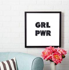 """Quadro """"Girl Power""""(moldurapop.com/produto/simulacao/moldura/676/Girl+Power)"""