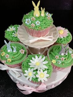 Easter cupcakes by Andrias cakes scarborough, via Flickr
