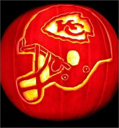 Chiefs fans might have to try this Kansas City Chiefs Football, Pittsburgh Steelers, Giants Baseball, Dallas Cowboys, Chiefs Wallpaper, Pumpkin Carving Patterns, Pumpkin Carvings, Kansas City Missouri, Indianapolis Colts
