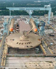 :) - Imgur Starship Enterprise, Enterprise Model, Newport News, Spaceships, Trekking, Science Fiction, Fan Fiction, Star Wars, Star Trek Tos
