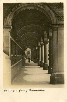 Groningen Galerij Provinciehuis. Postcard from the 1940s