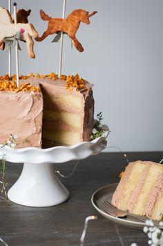 A Very Special Unicorn Cake { Vanilla Cake + Chocolate Swiss Meringue Buttercream + Honeycomb Crunchies } — saltnpepperhere
