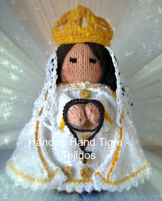 Virgen del Valle de Margarita. Knitted doll by Hand to Hand Tigre - Tejidos