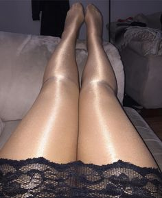 Wife tonight in her #wolford