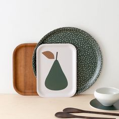 Good morning ! Shop updated! New tray.. The GREEN PEAR TRAY IS  now available on Nämä web store... FREE SHIPPING untill the 7th of June  #madeinfinland #woodentray #ruthlandesa #namadesigns #namadesignsshop #nämädesignsshop #finnishdesign #nämädesigns by namadesigns