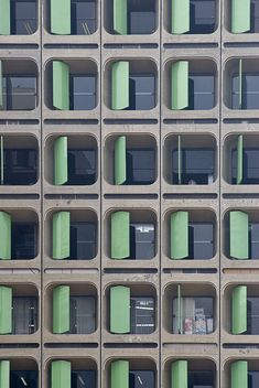 architect: João Filgueiras Lima, Brasilia  (via weyerdk, flickr)