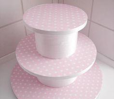 Bonito pedestal para tus tortas - Las Manualidades