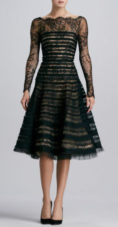 Oscar de la Renta. Love this dress. And love the lace top for a wedding dress.