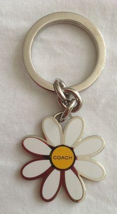 COACH Daisy Vintage Enamel Keyring Key Ring Fob Chain EUC Authentic white yellow #Coach