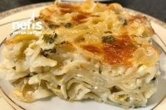 Fırında Makarna ( Su Böreği Lezzetinde) Pasta Recipes, Cooking Recipes, Iftar, Lasagna, Cauliflower, Macaroni And Cheese, Brunch, Food And Drink, Chicken