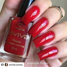 """""""Tóquio"""" da @jequiti  Unhas da @amille.torres . Gostaram??? . #terapiacolorida #toquio #jequiti #esmaltejequiti #vermelho #rednails #nails #esmalte #esmaltada #viciofeminino #viciadaemesmaltes #ViciadaEmVidrinhos #vidrinhos #manicure #fashion"""