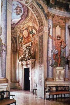 Villa La Rotonda, Vicenza, northern Italy, designed by Andrea Palladio. Andrea Palladio, Classical Architecture, Historical Architecture, Architecture Details, Renaissance Time, Italian Renaissance, Central Hall, Interior And Exterior, Interior Design
