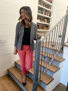 ad0767af72c1 16 Best Striped Blazer Outfit images | Striped blazer outfit, Stripe ...