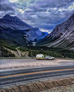 Whatever path you take this weekend or in life I suggest you travel down this path in the Canadian Rockies! Icefields Parkway!  If you  my 's then   me I usually do the same.  #icefieldsparkway #ip75 #earthpix #campingpix #campingofficial #campingcollective #wildernessculture #igers_seattle #wanderlust #offthegrid #getoutside #getoutdoors #getoutstayout #natureporn #bestmountainartists #exploremore #neverstopexploring #goatworthy #trekkingtoes #visualarchitects #vintagetrailer #vintagecamper…