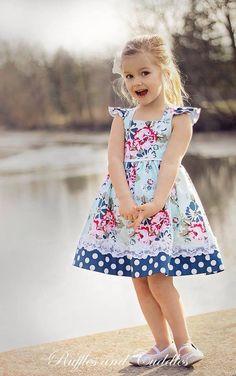 Forever yours dress – Artofit Frocks For Girls, Kids Frocks, Toddler Girl Dresses, Little Girl Dresses, Baby Girl Dress Patterns, Baby Dress, Dress Girl, Little Girl Fashion, Kids Fashion