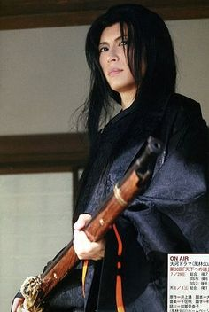 Gackt playing awesome Nagao Kagetora, the later lord Usuegi Kenshin. Female Samurai, Male Kimono, Japanese Costume, Gackt, Korean Bands, Gyaru, Yukata, Visual Kei, Record Producer