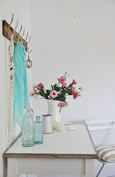 beach cottage blog coastal table makeover