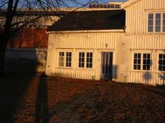 swedish barn, love the windows.