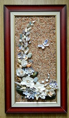 This needs to be made in a shadow box it would be such a dust collector hamptonsdecorbarefootcontessa – Artofit Seashell Painting, Seashell Art, Seashell Crafts, Sea Glass Crafts, Sea Crafts, Caillou Roche, Pista Shell Crafts, Seashell Projects, Shell Flowers