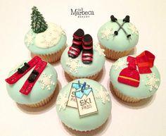 Skiing cupcakes