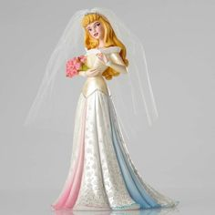 PRE-ORDER: Sleeping Beauty / Aurora bride 'Couture de Force' figurine from Fantasies Come True