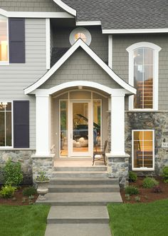 Welcoming Front Porch - plan #013S-0015 | houseplansandmore.com