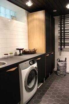 Kylpyhuone Archives | SisustusTaina Stacked Washer Dryer, Washer And Dryer, Washing Machine, Laundry, Home Appliances, Laundry Room, House Appliances, Washing And Drying Machine, Appliances