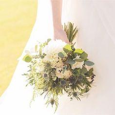 2016年10月15日、テレビドラマでの撮影でも使われる素敵な洋館、神戸 ジェームス邸にて結婚式を挙げられた卒花嫁「yu.ka.wedding」さま。広大な庭園を臨む格式ある会場とマッチした、ナチュラル&ヴィンテージなアイテムの数々をご紹介します。