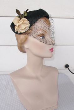 1950s Vintage Black Cocktail Hat with Cream by MyVintageHatShop