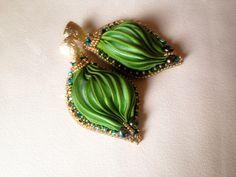 Shibori earrings by MABI Shibori, Swarovski, Brooch, Earrings, Jewelry, Ear Rings, Stud Earrings, Jewlery, Jewerly