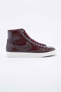 Nike Premium Mid-Top Leather Blazer Trainers in Burgundy nice ones!